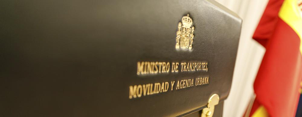 Primera imagen del carrusel de la portada del Ministerio de Transportes, Movilidad y Agenda Urbana.