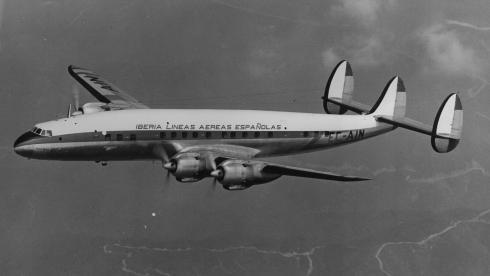 """Foto del Lockheed L-1049G Super Constellation de Iberia, la """"Santa María"""""""